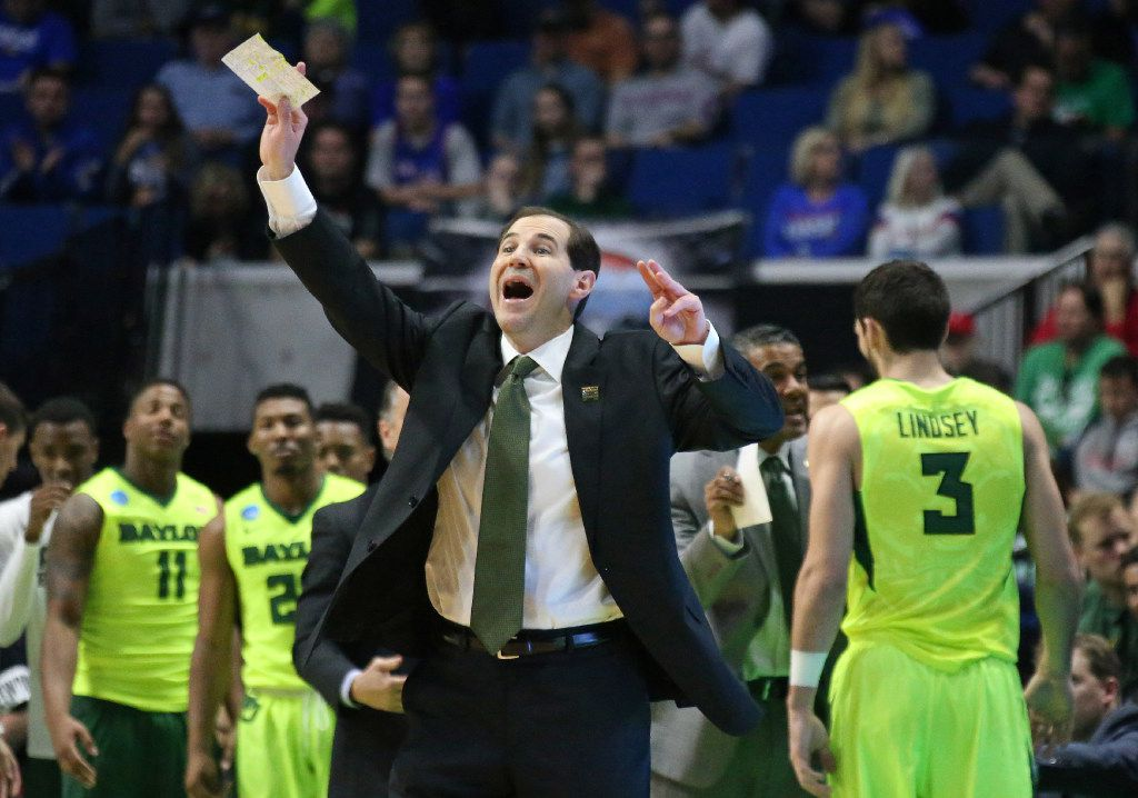 Baylor coach Scott Drew directs his troops during the Baylor Bears vs. the New Mexico State Aggies NCAA basketball game at the BOK Center in Tulsa, Oklahoma on Friday, March 17, 2017. (Louis DeLuca/The Dallas Morning News)