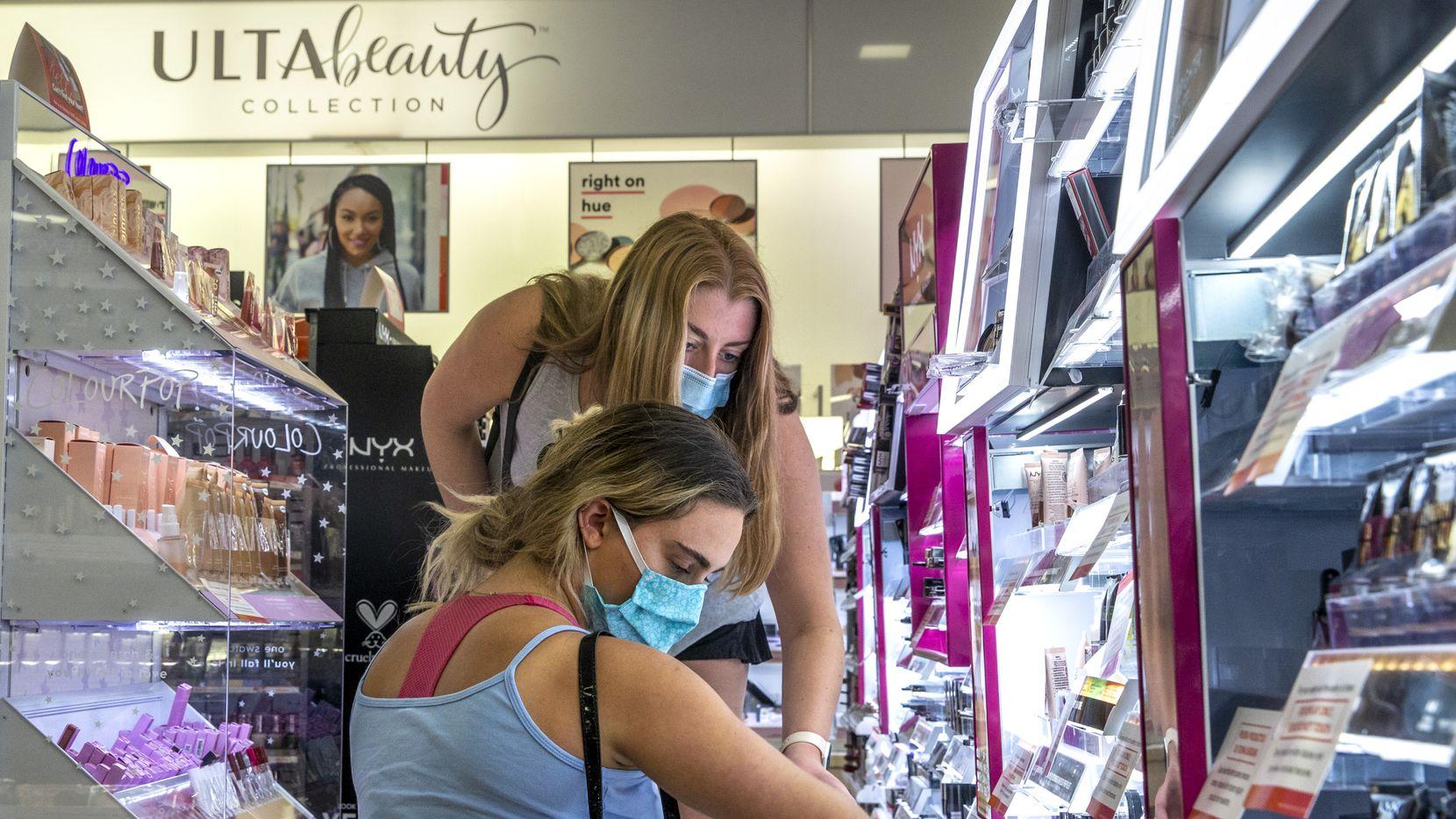 Target tendrá islas independientes de Ulta, la tienda de productos de belleza.