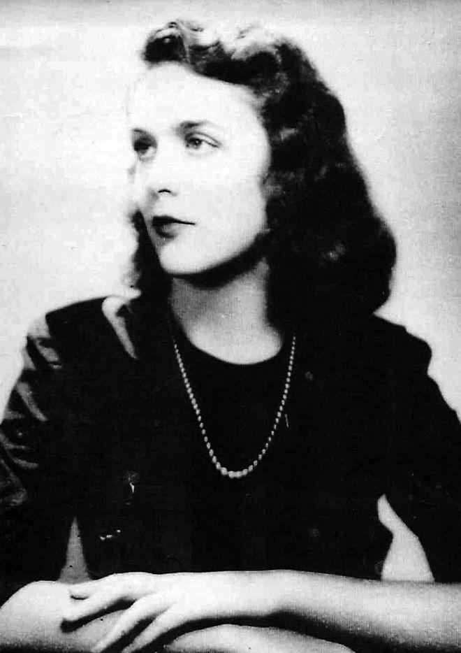 Barbara Pierce's graduation photo from Ashley Hall, a finishing school in Charleston, S.C., in 1943.