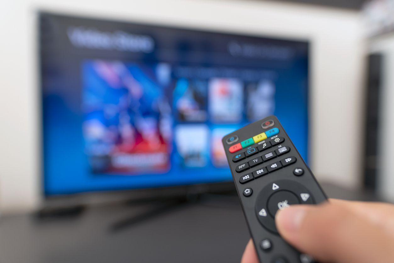 Servicio de programación de televisión streaming. iSTOCK.