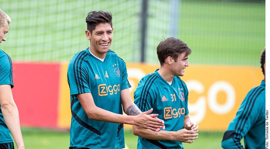Edson Álvarez, de 21 años, se sumó al Ajax a inicios de agosto.