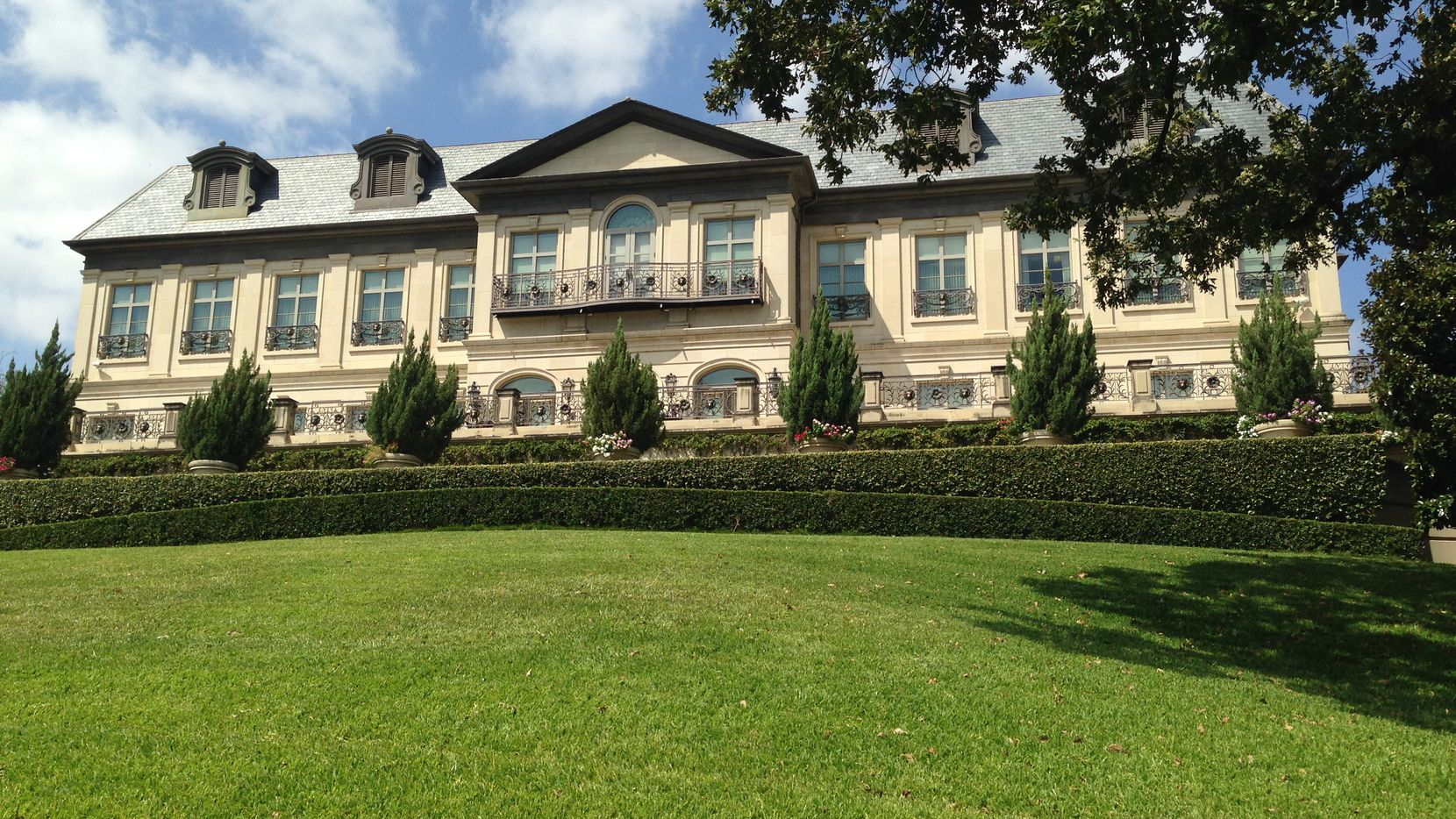 The more than 2-acre Turtle Creek site is now occupied by a small office building.