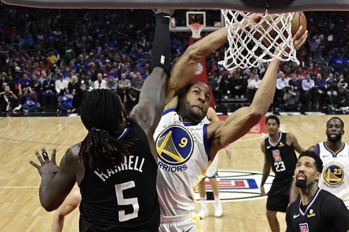 La NBA podría cambiar su formato para atraer a más espectadores. (AP Photo/Mark J. Terrill) (AP/Mark J. Terrill)
