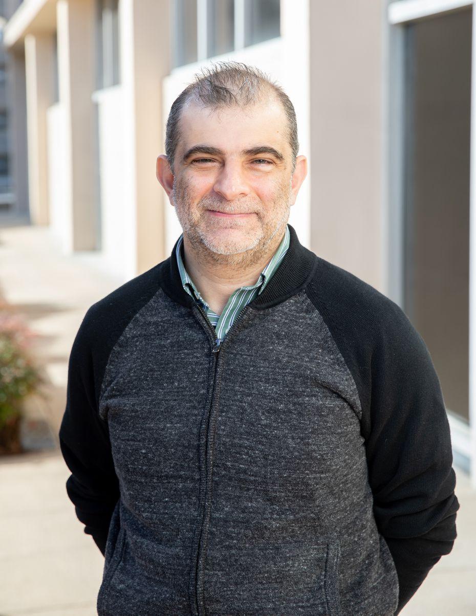 El Dr. Metin Yavuz espera que los zapatos puedan estar disponibles al público en unos años.