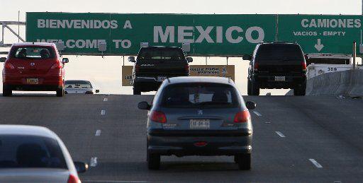 El gobierno de México pidió a los ciudadanos mexicanos no pasar la Semana Santa en su país y quedarse en casa para prevenir la propagación del coronavirus.