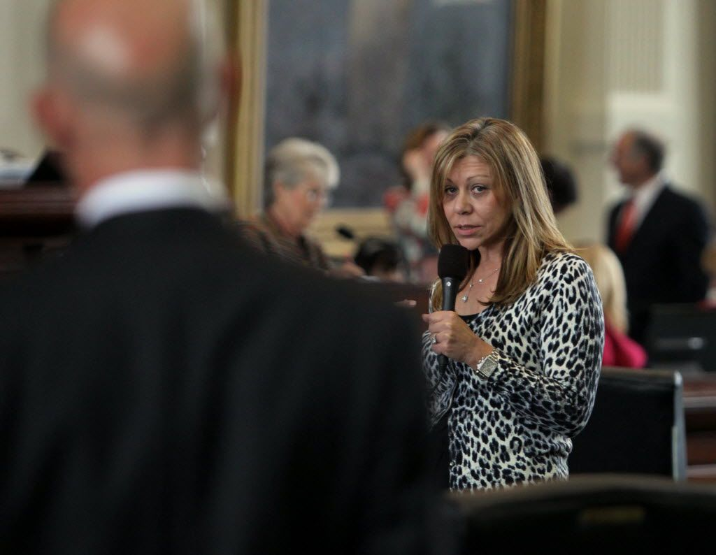 Sen. Joan Huffman (right) is sponsoring a bill that would eliminate the use of payroll deduction for union dues. (FIle 2013/The Dallas Morning News)