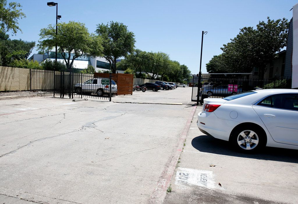 An open gate at The Verge Apartments located a 5454 Peterson Ln. in Dallas on Friday, April 26, 2019. A lawsuit claiming negligence has been filed against the management company of the apartments involving the murder of 23-year-old Maria Ezquerro.