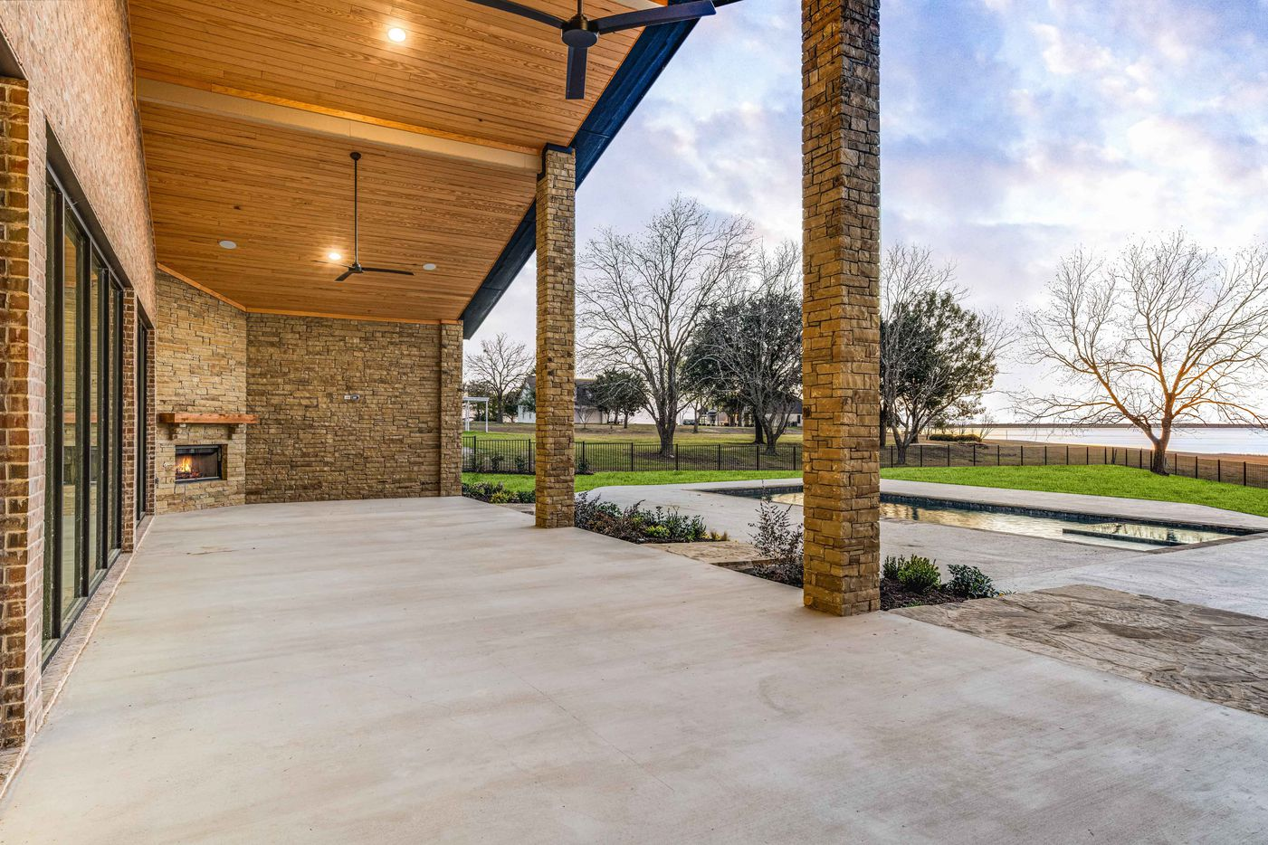 A look at the interior of 1420 Hubbard Drive in Heath, TX.