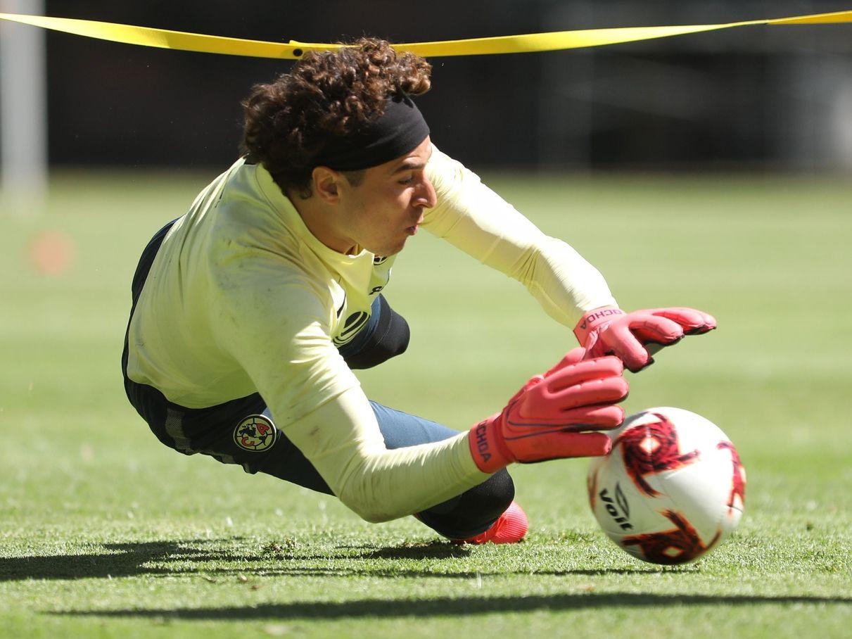 El portero de las Águilas del América, Guillermo Ochoa, llegaría al Mundial de Qatar 2022 con 37 años de edad.