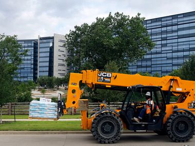 Pioneer Natural Resources eliminated over 27% of its workforce in an effort to cut $100 million in overhead. At the same time, it's building a new headquarters in Las Colinas, which will cost over $200 million. Pioneer plans to move into the 10-story facility this year.
