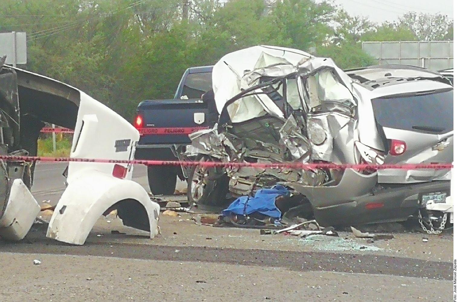 Un accidente provocó la muerte de dos miembros de Los Banda Jr de Salamanca en la carretera a Reynosa.