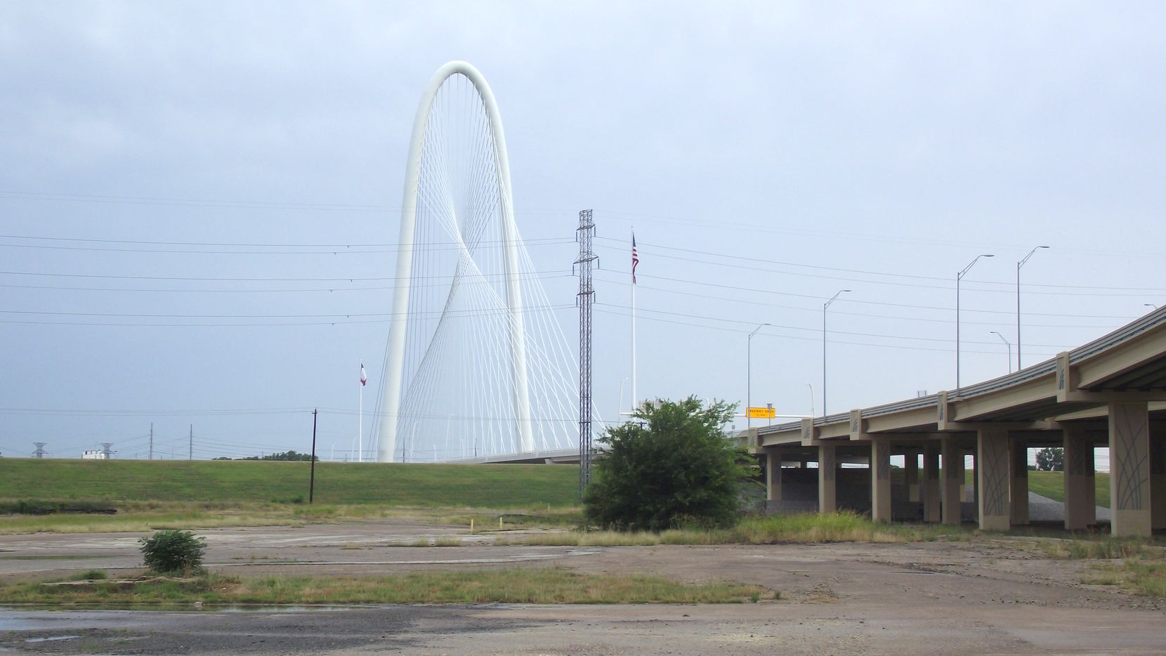 The 505 Riverfront Boulevard property is at the foot of the Margaret Hunt Hill Bridge.