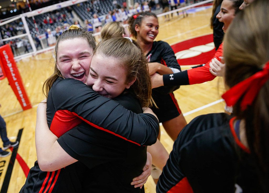 LovejoyÕs Lexie Collins (19) (left) celebrates with her team after beating Friendswood in the fourth and final set of a class 5A volleyball state semifinal match at the Curtis Culwell Center in Garland, on Friday, November 22, 2019. Lovejoy advanced to finals after winning the fourth set 25-22. (Juan Figueroa/The Dallas Morning News)