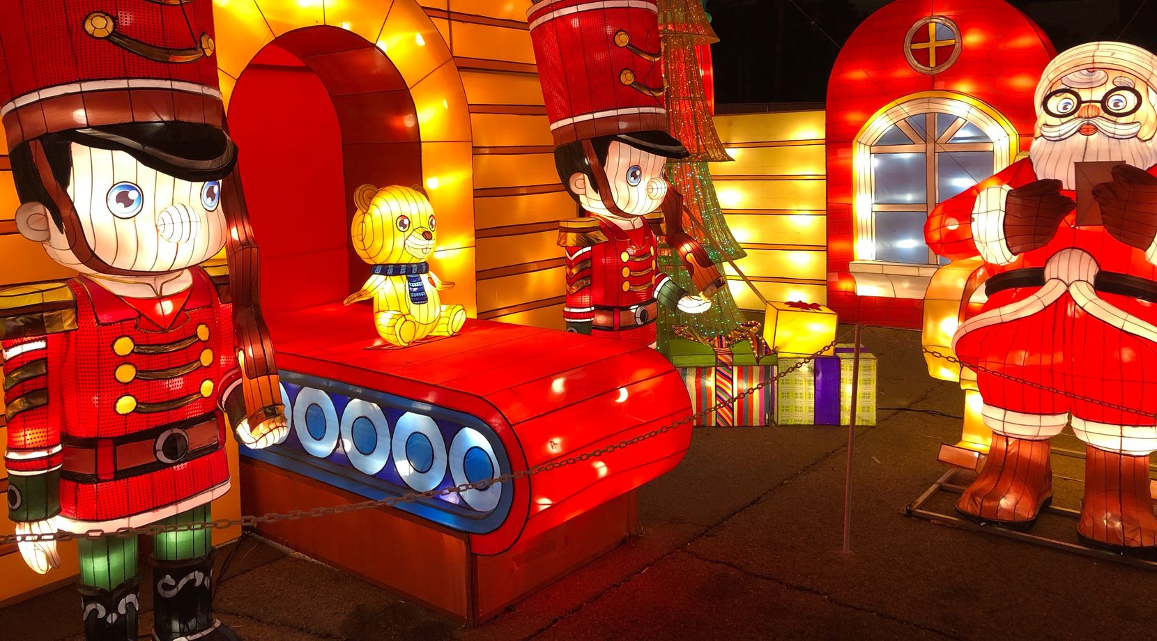 """""""Yuletide Bright"""" is a new outdoor walk-through exhibit at the Gaylord Texan this year, featuring holiday-themed Christmas lanterns and lights."""
