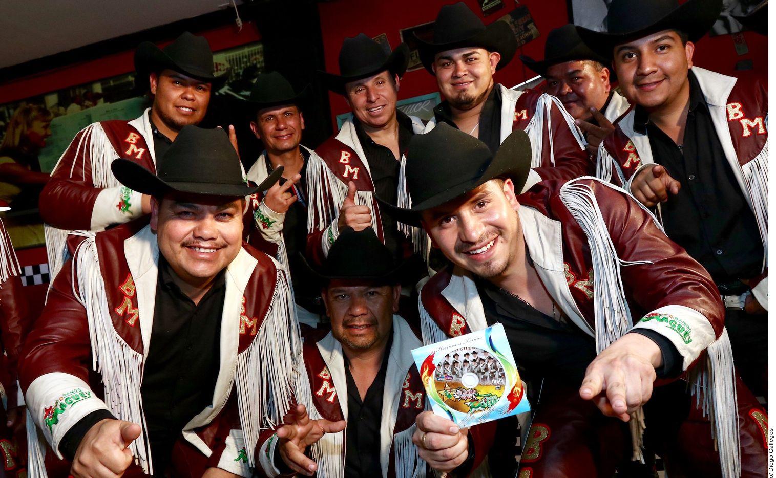 """on 25 años de carrera, los originarios de Jalisco están presentado su nueva rola, titulada """"La Boda Chela"""", la cual sigue la línea que tienen desde la década de los noventa. AGENCIA REFORMA"""