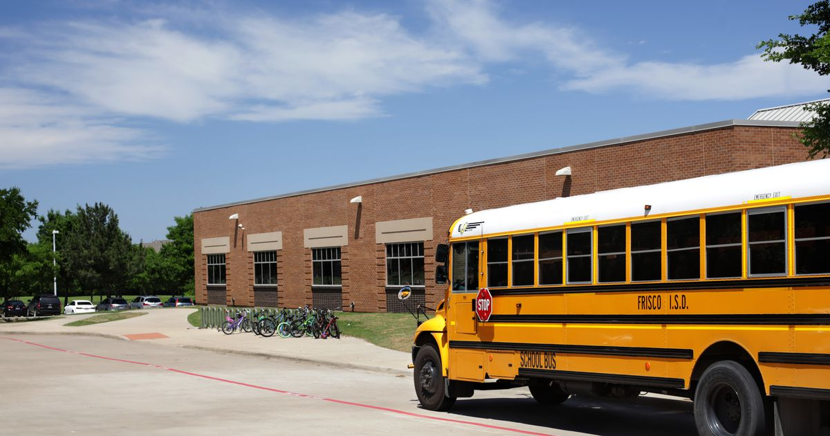Parents need to be 'learning coaches' for students staying at home this fall, Frisco ISD says