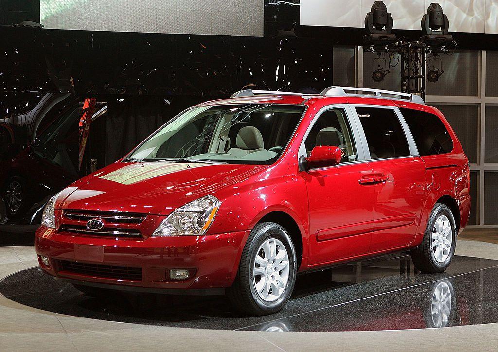 El recall de los Kia Sedona minivans inicia el 10 de abril.