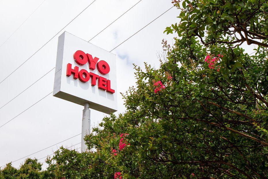 An Oyo-branded hotel near Dallas Love Field.