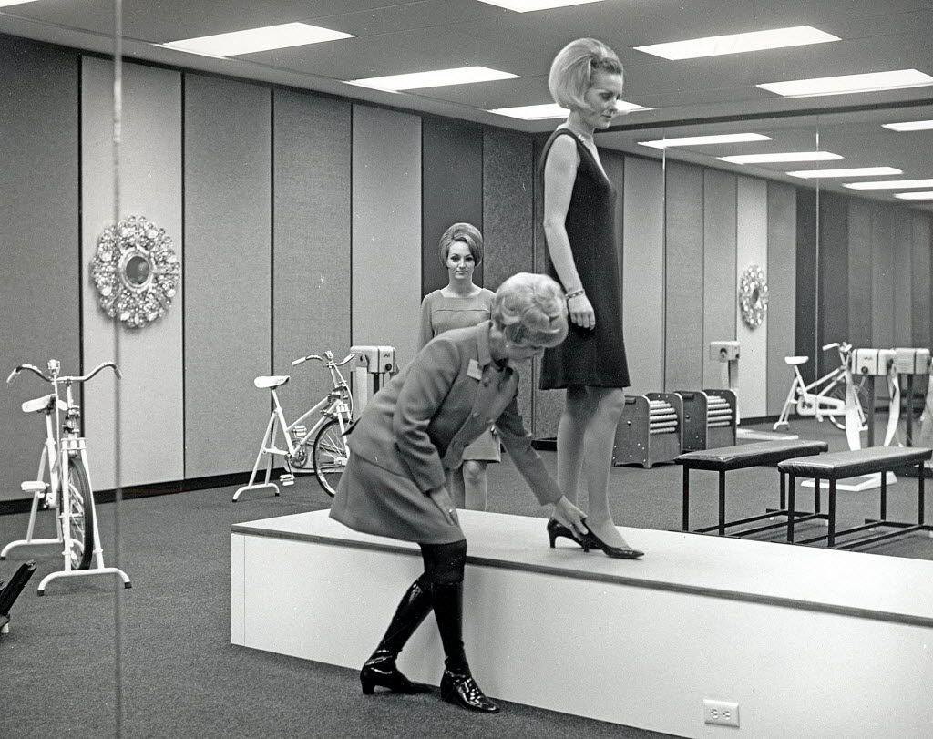 The Braniff Collection, History of Aviation Collection, Special Collections Department, Eugene McDermott Library, The University of Texas at Dallas    Classroom at the Braniff Hostess College, with hostess training on catwalk.