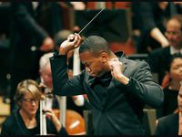 Roderick Cox leads the Minnesota Orchestra in 2017.
