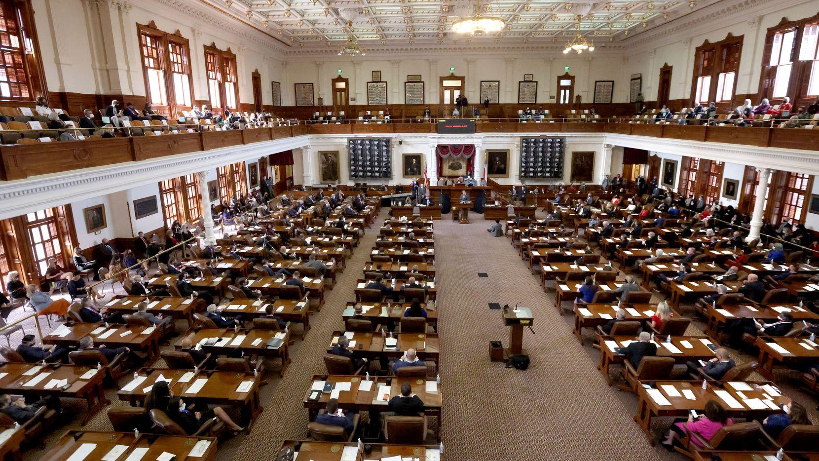 La Legislatura prepara audiencias con los funcionarios de la red eléctrica de Texas este jueves.