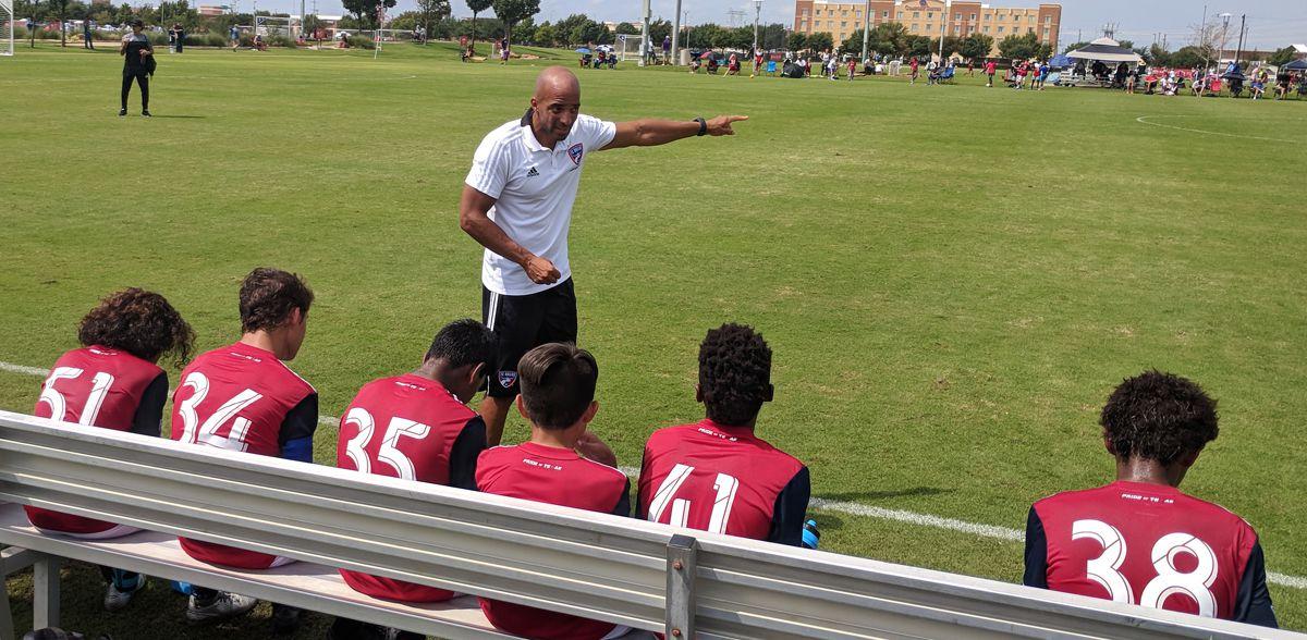 Peter Luccin coaching the FC Dallas U14s. (9/17/18)