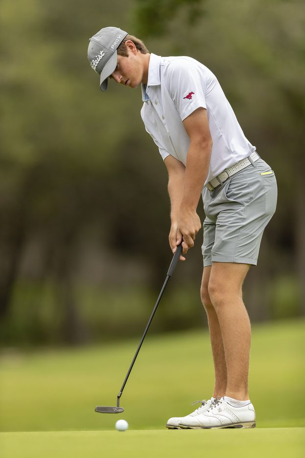 JJ PearceÕs Preston Stout putts on the 1st green during the final round of the UIL Class 6A boys golf tournament in Georgetown, Tuesday, May 18, 2021. (Stephen Spillman/Special Contributor)