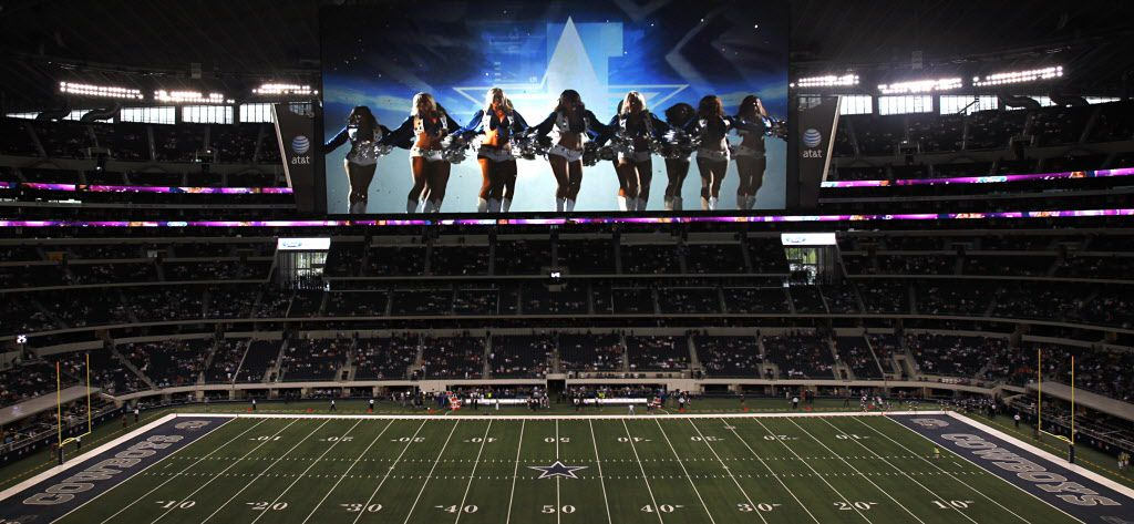 Sports Illustrated: AT&T Stadium's monstrous video board ...