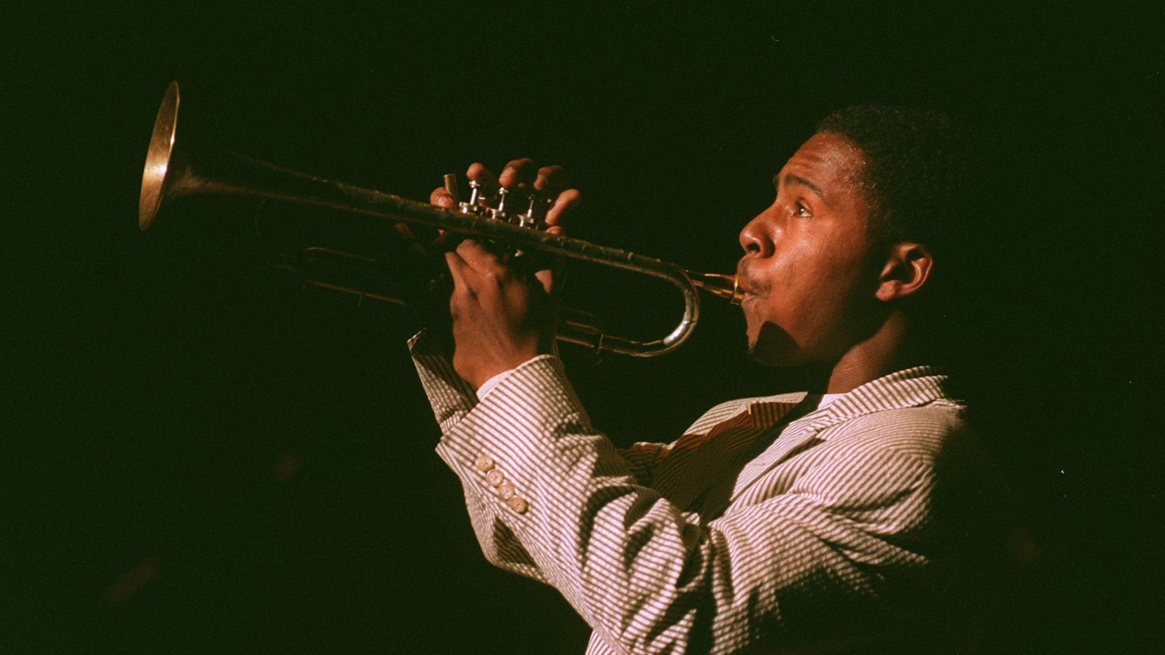 Roy Hargrove performs at the Meyerson Symphony Center in 1997.