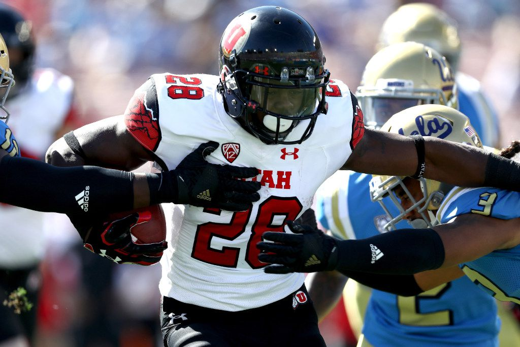 PASADENA, CA - OCTOBER 22:  Joe Williams #28 of the Utah Utes runs the ball during the first half of a game against the UCLA Bruins at the Rose Bowl on October 22, 2016 in Pasadena, California.  (Photo by Sean M. Haffey/Getty Images)