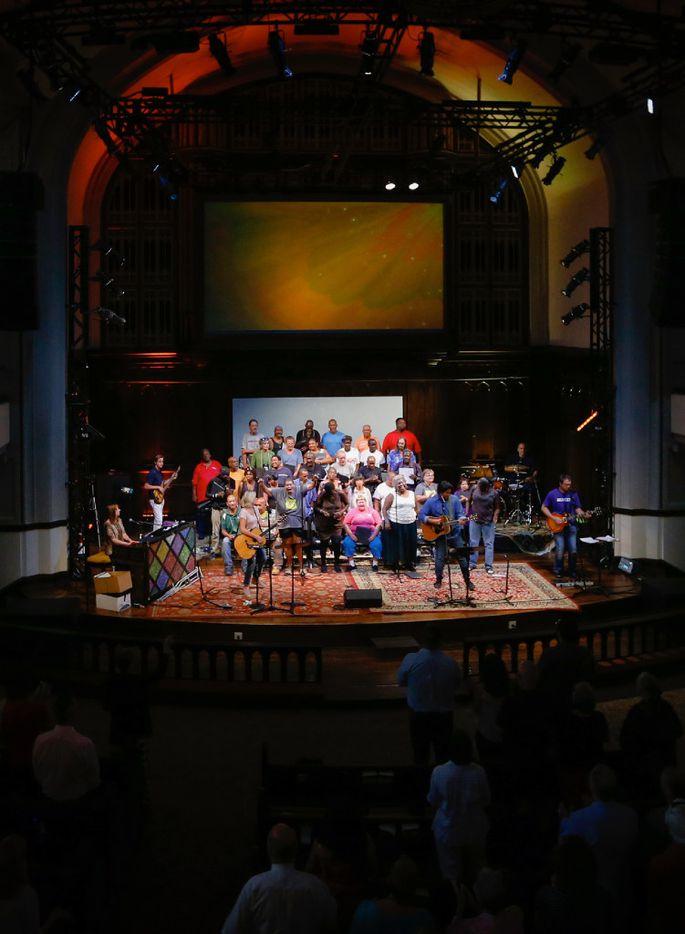 The Dallas Street Choir performs at the Munger Place Church.