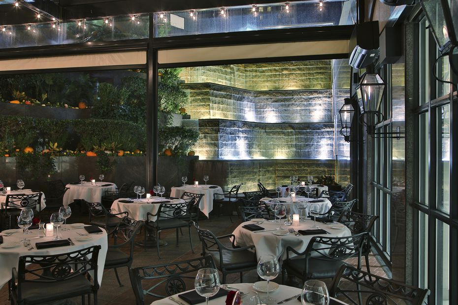 The dining room at Dakota's Steakhouse in downtown Dallas is below street level.