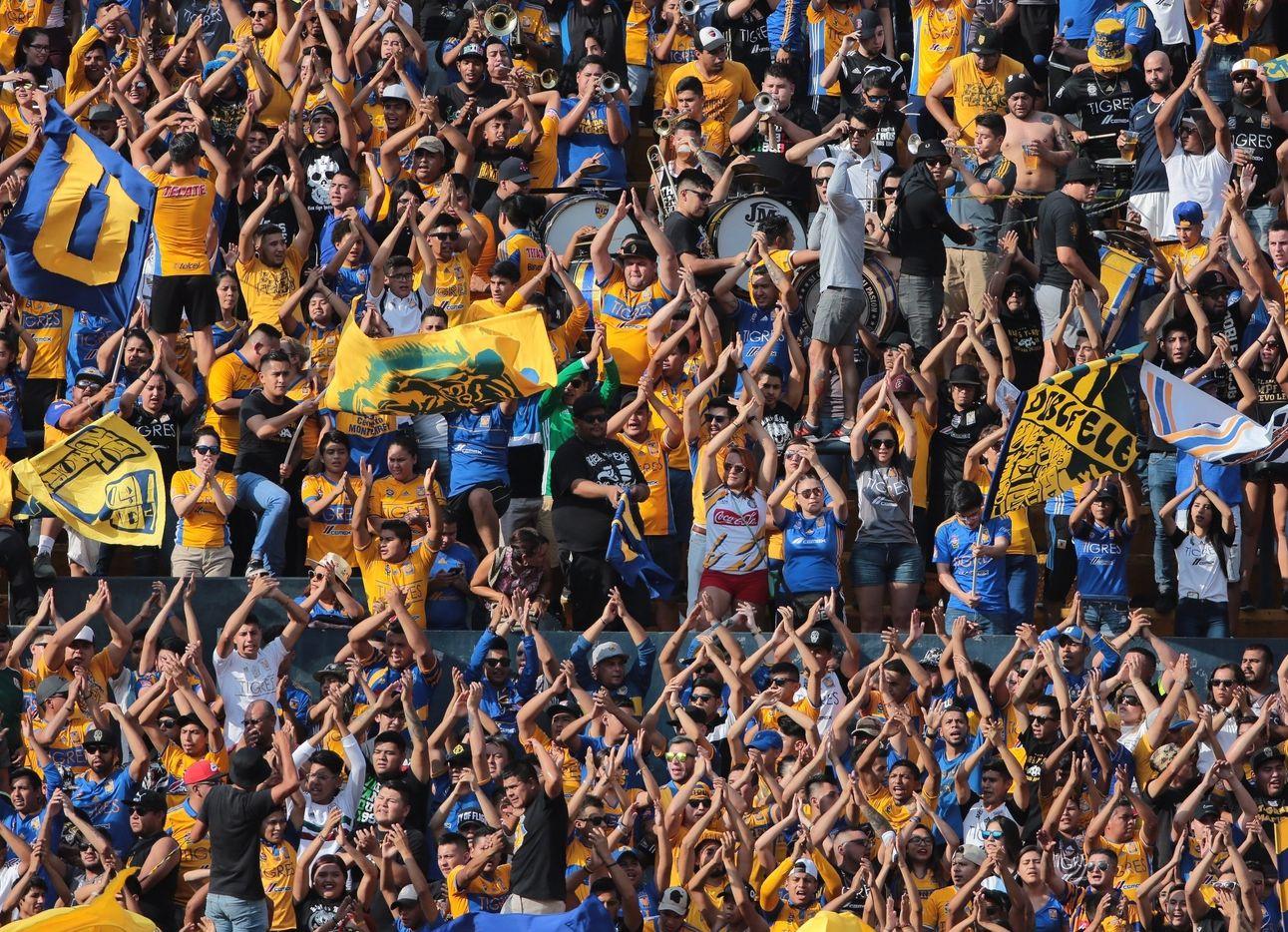 La barra de Tigres ha generado problemas en sus visitas a diferentes estadios de la Liga MX.