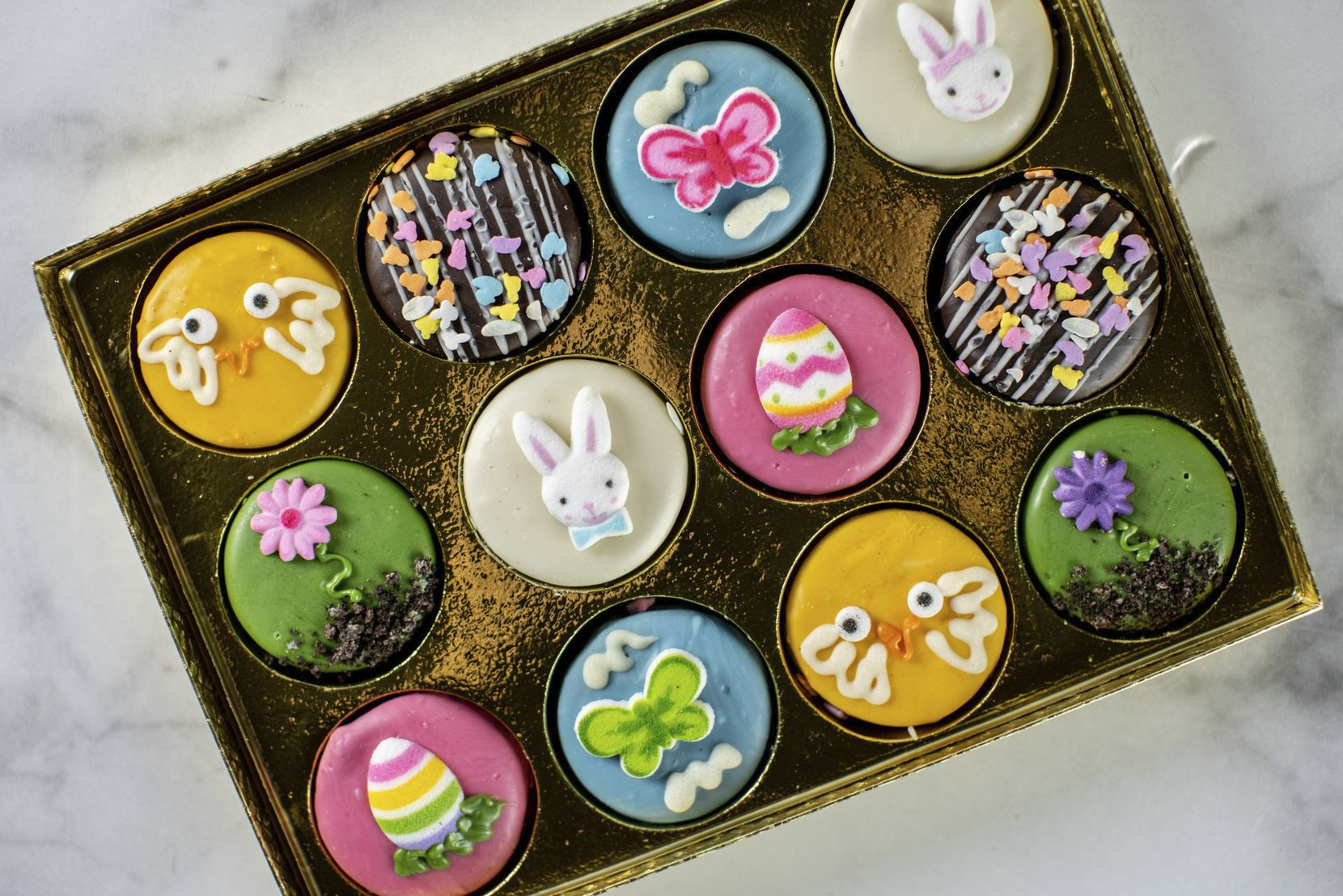Eatzi's Market and Bakery's 2021 Easter and Passover menu includes sweets like Easter-themed chocolate-covered Oreos.