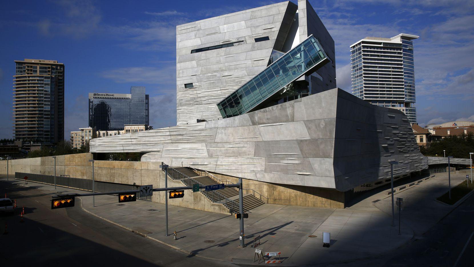 Vista exterior del Perot Museum of Nature and Science de Dallas.
