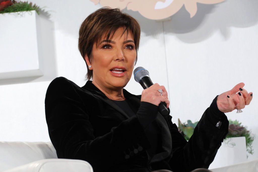 Acusa ex guardaespaldas a Kris Jenner de conductas sexuales inapropiadas.