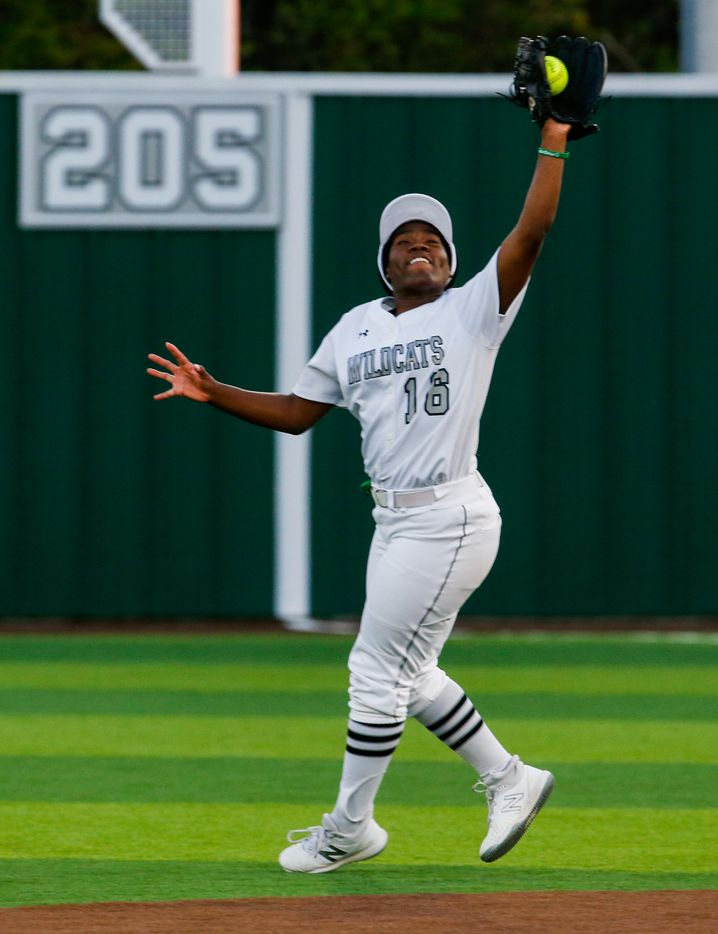 Denton Guyer's Are Jackson (16) catches a ball at second base during the third inning of a nondistrict softball game in Denton on Tuesday, March 30, 2021. (Juan Figueroa/ The Dallas Morning News)