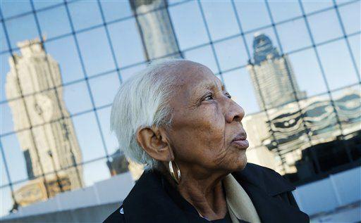 Doris Payne, una notoria ladrona de joyas que según la policía ha vuelto a las andadas./ AP