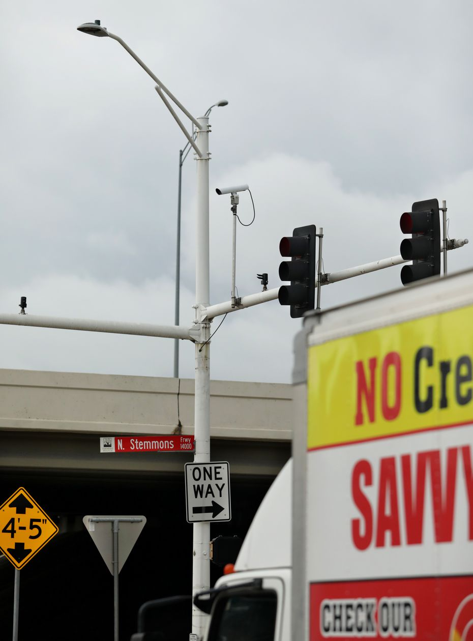Cameras and other technology installed on traffic lights at Stemmons and Valwood in Dallas, TX, on Jul. 2, 2021.