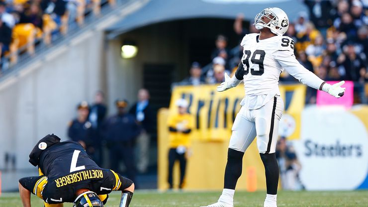 PITTSBURGH, PA - NOVEMBER 08:  Ben Roethlisberger #7 of the Pittsburgh Steelers is injured in the 4th quarter after being sacked by Aldon Smith #99 of the Oakland Raiders during the game at Heinz Field on November 8, 2015 in Pittsburgh, Pennsylvania.
