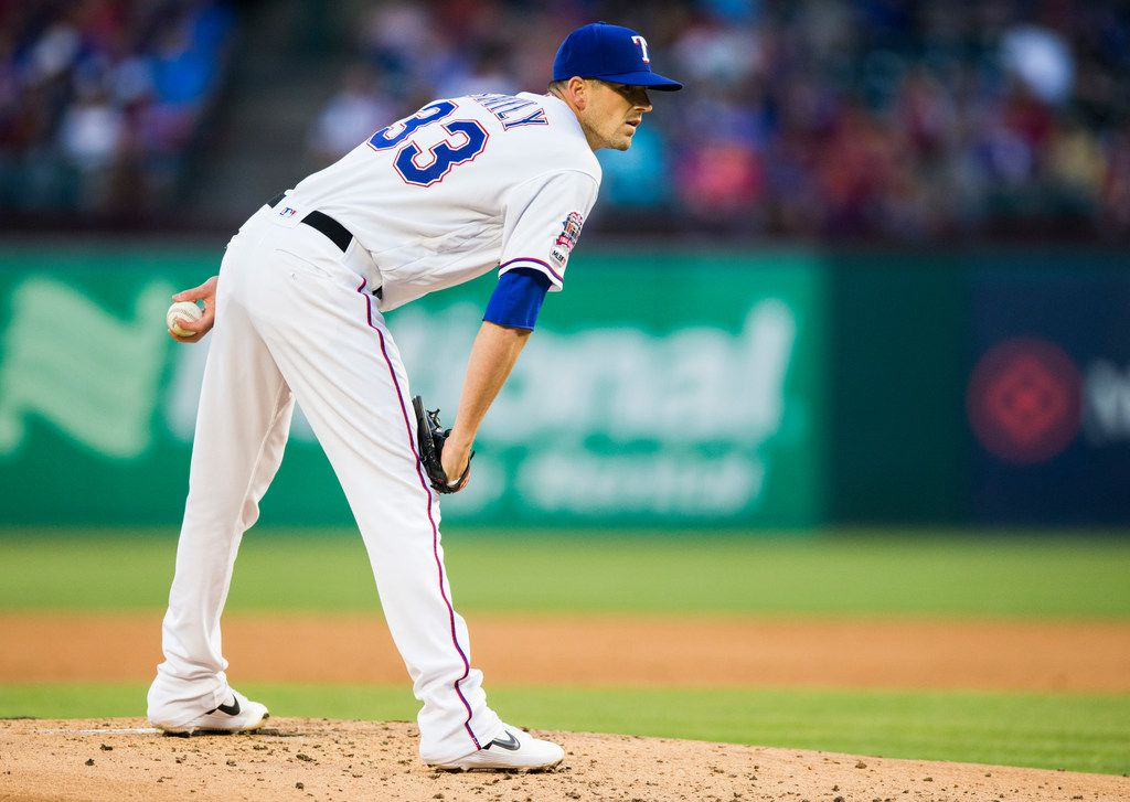 Texas Rangers starting pitcher Drew Smyly (33) pitches during the second inning of an MLB game between the Texas Rangers and the Oakland Athletics on Friday, April 12, 2019 at Globe Life Park in Arlington, Texas. (Ashley Landis/The Dallas Morning News)