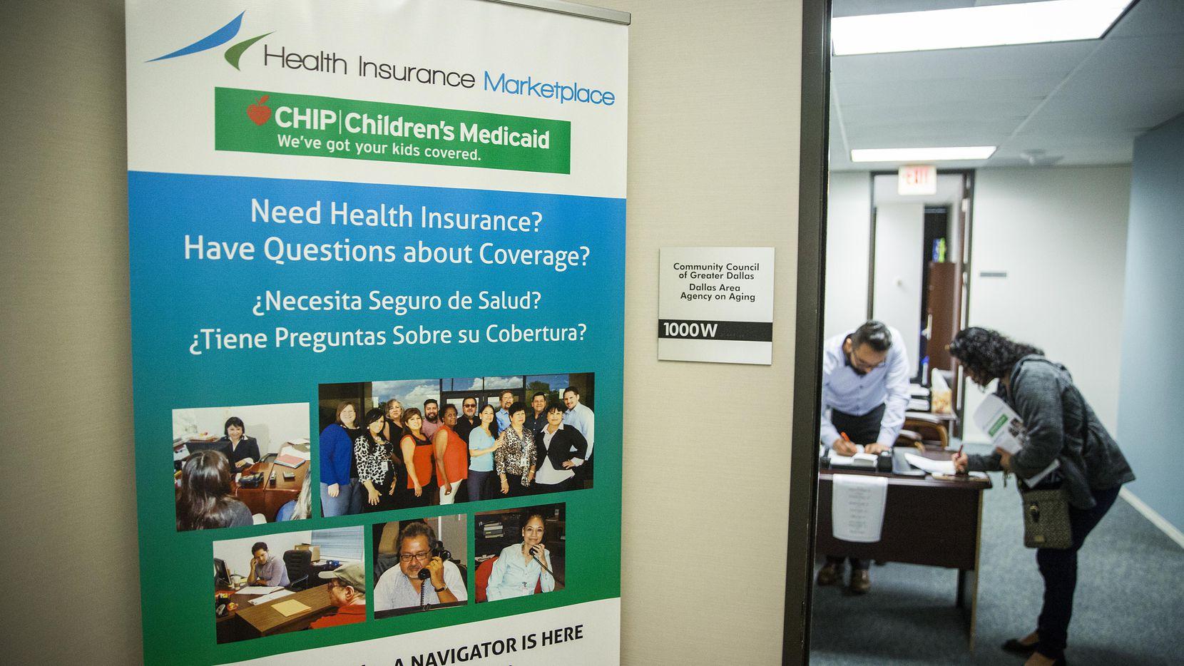 Pese a la nula publicidad del gobierno, 1.1 millones de texanos se inscribieron en el seguro bajo la Ley de Salud Accesible el año pasado. (DMN/SMILEY N. POOL)