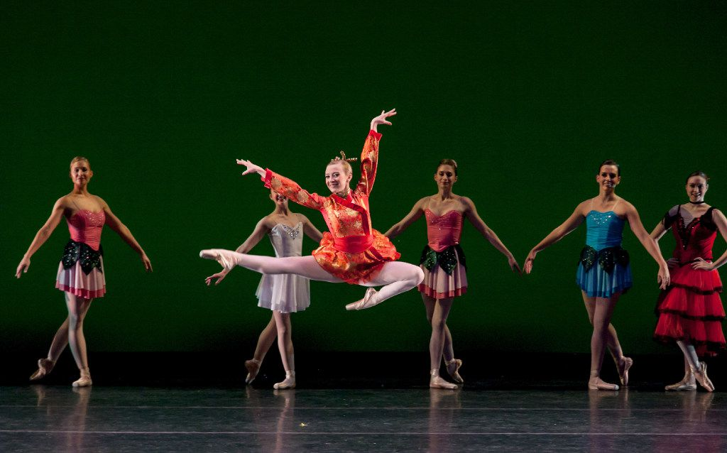 Madelaine Boyce in Avant Chamber Ballet's Nutcracker: Short and Suite.