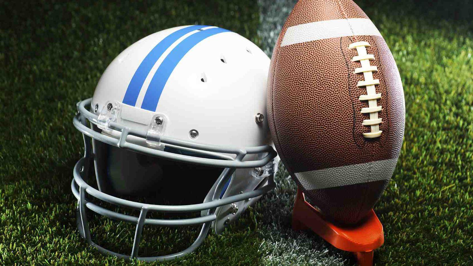 Si vas a jugar fútbol americano durante el Día de Gracias debes de tomar precauciones./iSTOCK