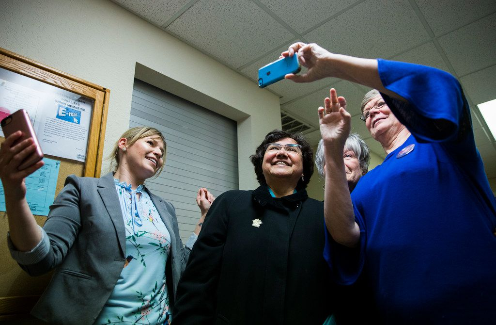 Gubernatorial candidate and former Dallas Sheriff Lupe Valdez takes selfies with supporters at The Mid-Cities Democrats Gubernatorial Forum and Chili Dinner on Tuesday, February 6, 2018 at the UAW 218 Union Hall in Hurst, Texas.