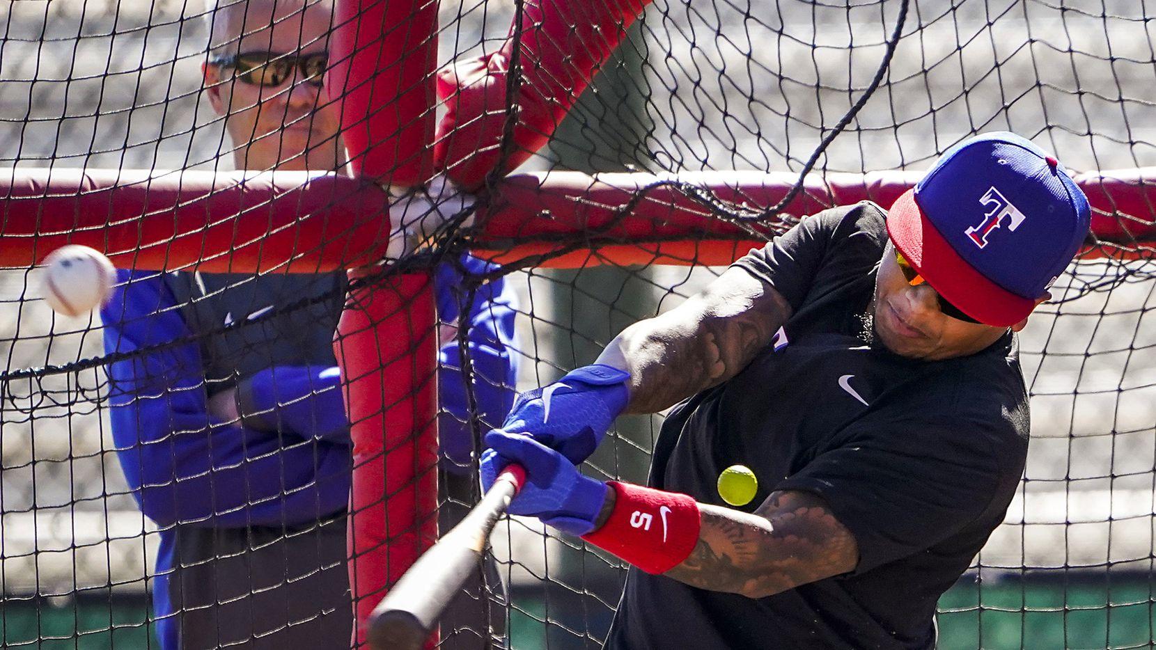 El jardinero de los Texas Rangers, Willie Calhoun, estará fuera de acción tras la fractura de mandíbula que sufrió en un partido de pretemporada en Arizona.