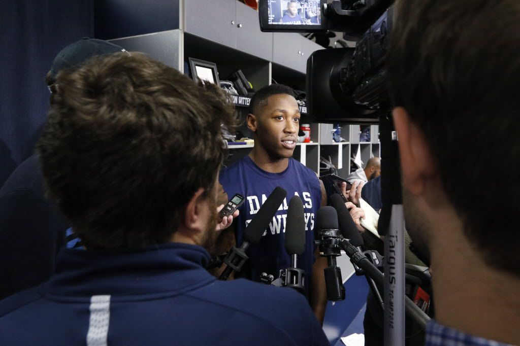 Dallas Cowboys running back Lance Dunbar talks to the news media at Dallas Cowboys headquarters in Irving on January 4, 2016. The Cowboys played their final game on Sunday at AT&T Stadium finishing with a 4-12 record. (David Woo/The Dallas Morning News)