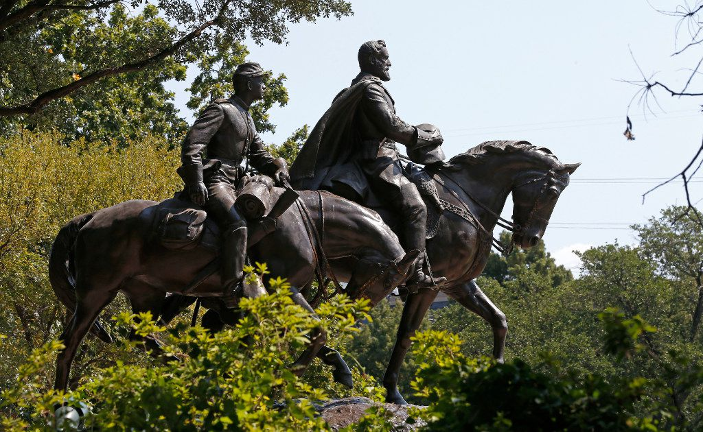 The Robert E. Lee statue at Robert E. Lee Park in Dallas, Monday, Sept. 11, 2017. (Jae S. Lee/The Dallas Morning News)