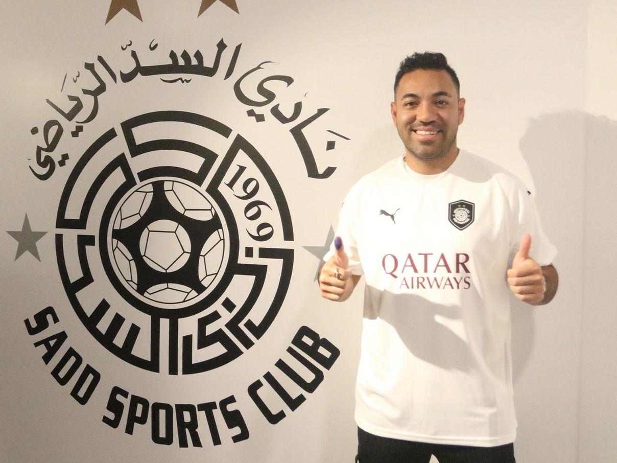 El mediocampista mexicano Marco Fabián fue presentado con la camiseta del Al Sadd, equipo de la liga de Qatar.