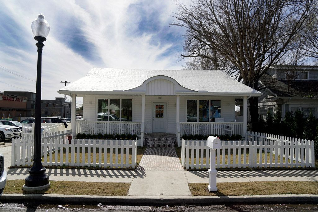 La La Land Kind Cafe will be located in an old, updated home near Greenville Avenue in Dallas.